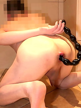 Zealous tranny whore gets her ass hammered